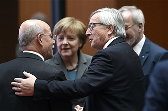 Jeremy Rifkin, Jean-Claude Juncker, and Chancellor Angela Merkel at the European Investment Bank, March 2015